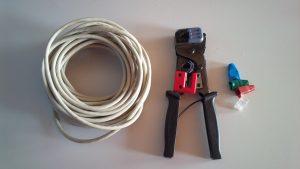 Jak si udělat vlastní síťový kabel na konektor RJ-45.